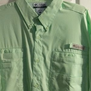 Columbia light green lime button up